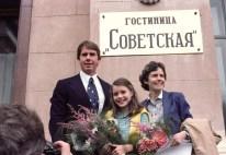 Samantha Smith junto a sus padres en Moscú, durante su visita a la Unión Soviética. Foto: Nikolai Malyshev / ITAR-TASS.