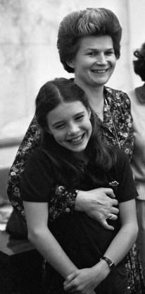 Samantha Smith junto a Valentina Tereshkova. 07 de julio de 1983. Foto: Yuryi Abramochkin / RIA Novosti.