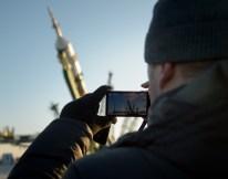 14 de Noviembre de 2016: El cohete con la nave espacial Soyuz MS-03 es colocado en la plataforma de lanzamiento en el Cosmódromo de Baikonur en Kazajstán. Crédito de la imagen: NASA / Bill Ingalls.