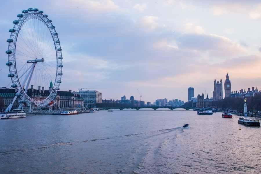 sunset river london thames