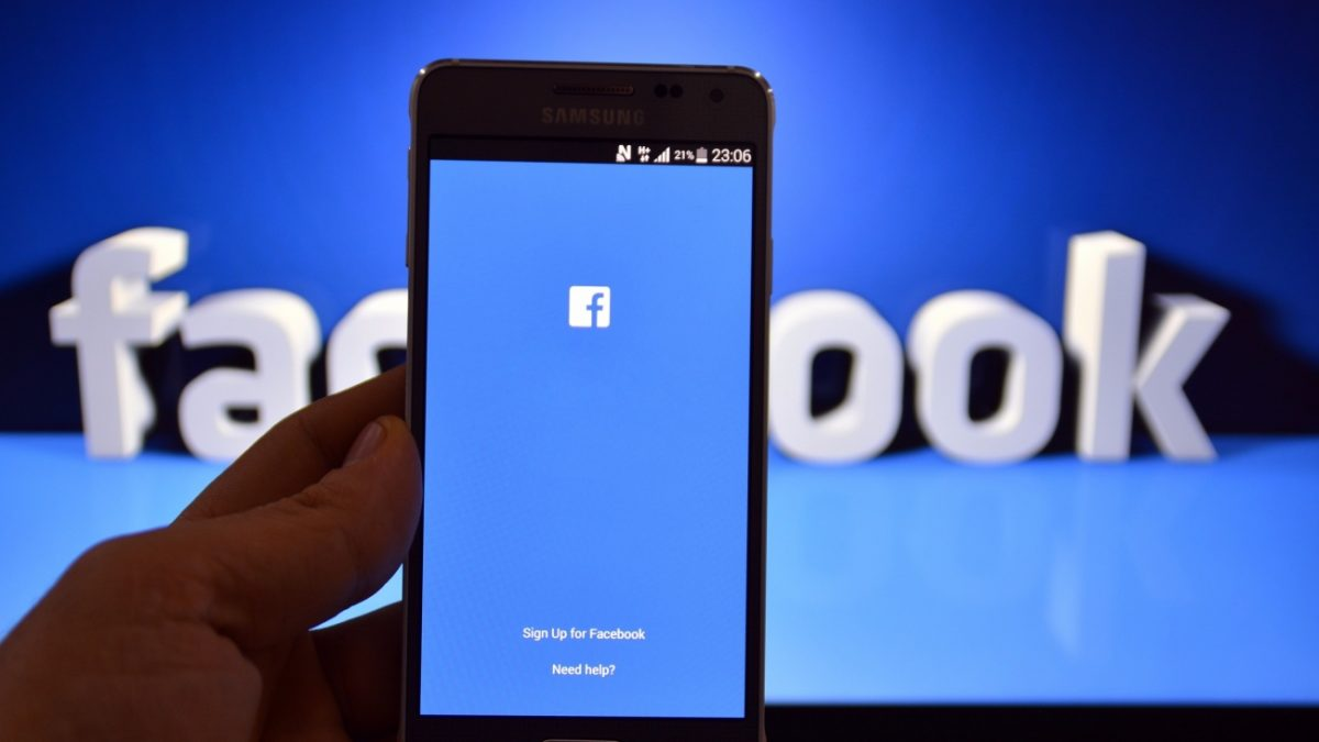 5 Ways to Hack Facebook Password from Other Mobile and Computer