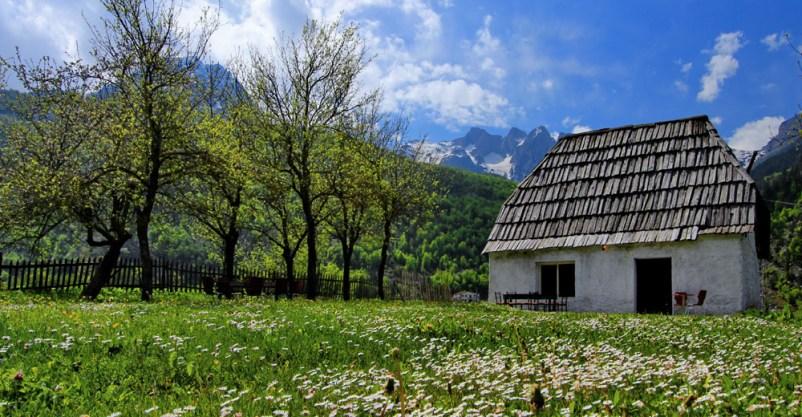 Një pakt mes familjes e ambientit në Veriun e Shqipërisë