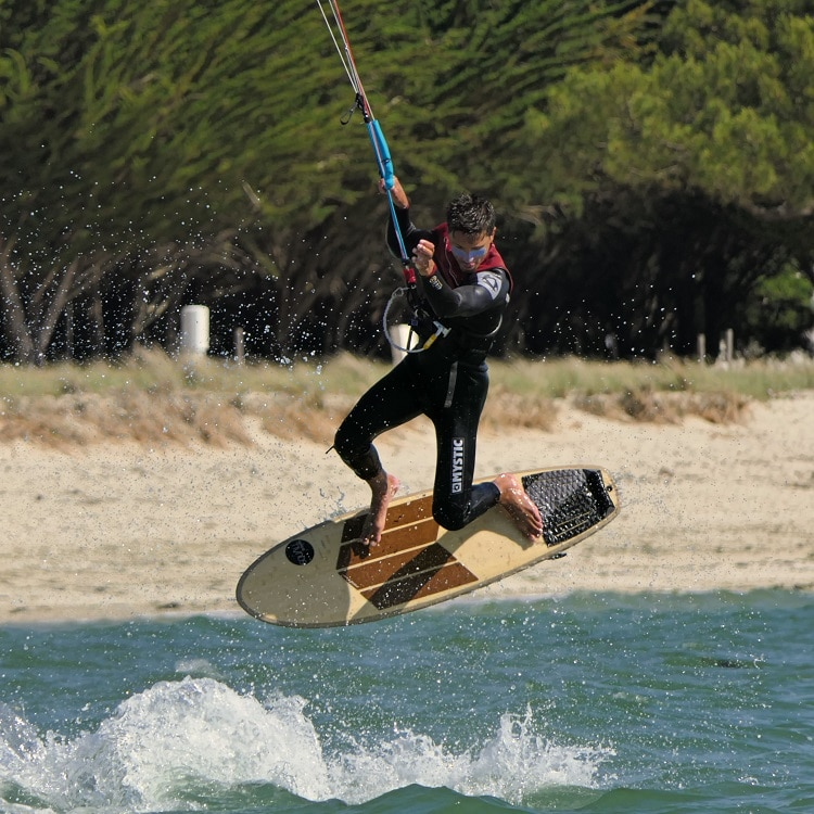 freestyle strapless kitesurf