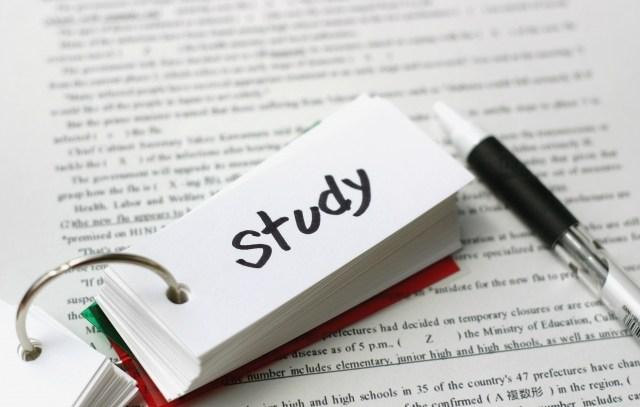 ファイナンシャルプランナー(FP)資格取得のための効率的な勉強方法をお伝えします
