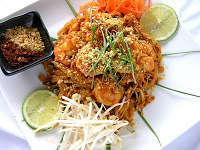 Really Quick Pad Thai with Shrimp or Chicken