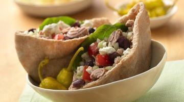 Healthy Greek Tuna Salad Pitas in 20 Minutes