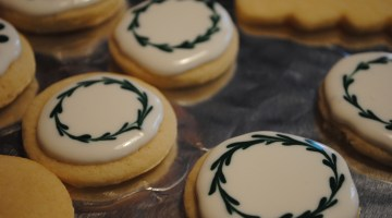 The Best Sugar Cookie Icing