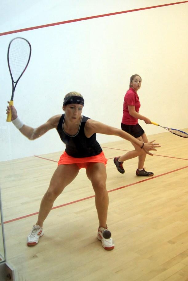 Sarah Kippax overcomes Tesni Evans