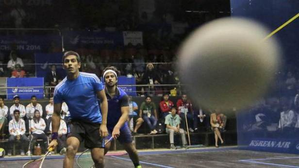 AGONY: Action from the Asian final as Saurav loses from match ball up