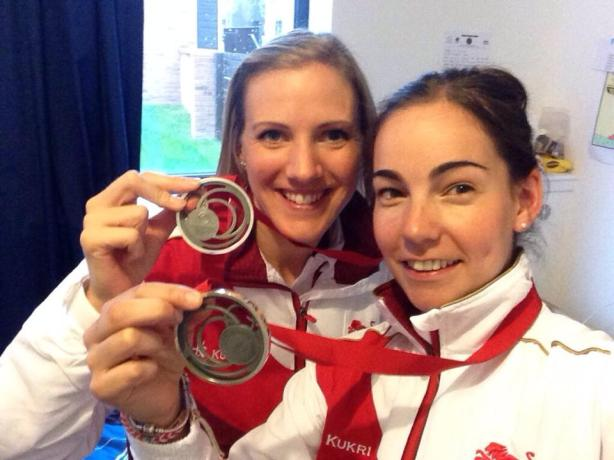 Laura Massaro and Jenny Duncalf won silver for England in the Commonwealth Games