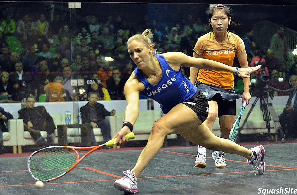 Laura Massaro in action against Annie Au