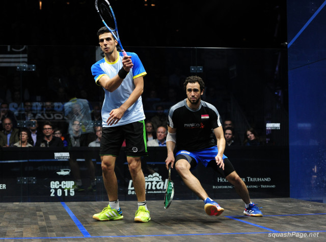 Ramy Ashour is on the move against Omar Mosaad