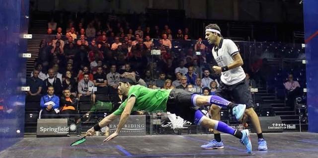 Borja Golan dives past Mohamed Elshorbagy