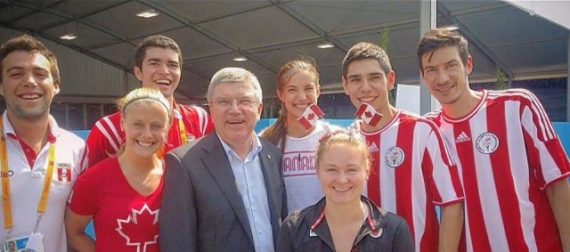 Thomas Bach meets squash players in the Pan-Am Games