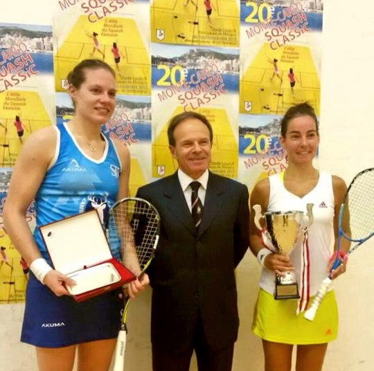 Jenny Duncalf (right) wins an all-English final against Sarah-Jane Perry