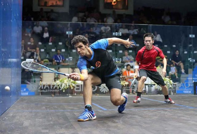 Omar Mosaad dominates the front of the court