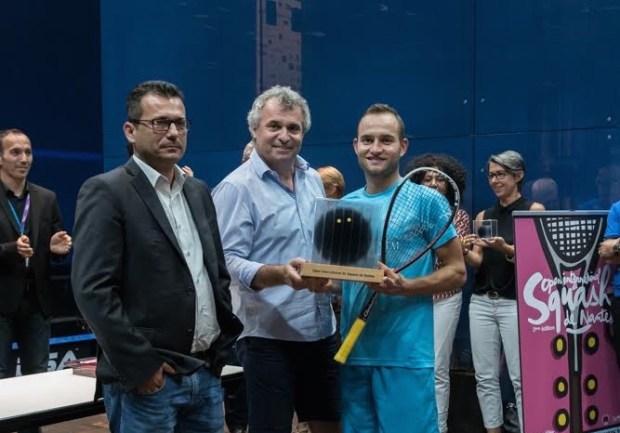 2016 Men's Open International de Squash de Nantes winner Gregoire Marche (right)