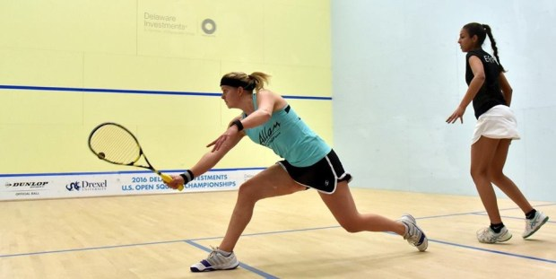 England's Fiona Moverley (left) wins through to the main draw