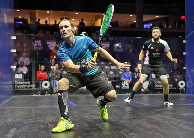 Gregory Gaultier on the attack against Daryl Selby