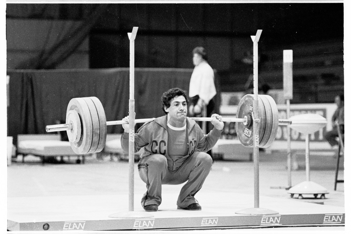 Are Deep Squats Bad For The Knees? – Squat University