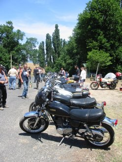 Bike judging, Tooma 2002
