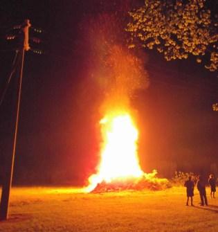 Bonfire, Bethanga 2012!