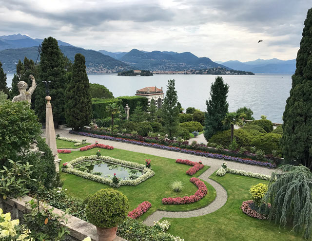 Certamente una delle meraviglie d'Italia: i giardini dell'Isola Bella sono assolutamente da vedere