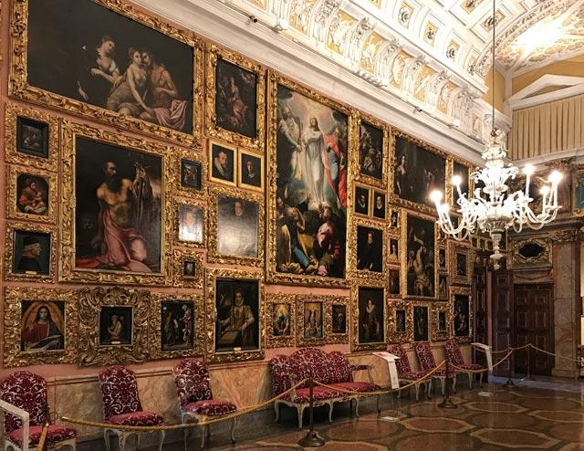 Il Palazzo dell'Isola Bella è da vedere assolutamente visitando il Lago Maggiore