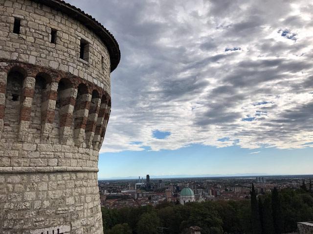 Il Castello di Brescia e il suo panorama sono da non perdere mentre si visita la città lombarda
