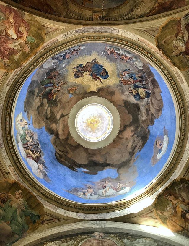 Il Duomo Vecchio di Brescia, costruito a partire dall'XI secolo è uno dei più importanti esempi di rotonde romaniche in Italia