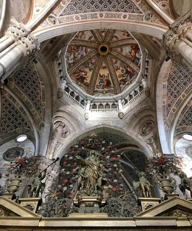 Cosa vedere a Pavia in un giorno? Di certo la meravigliosa Certosa di Pavia