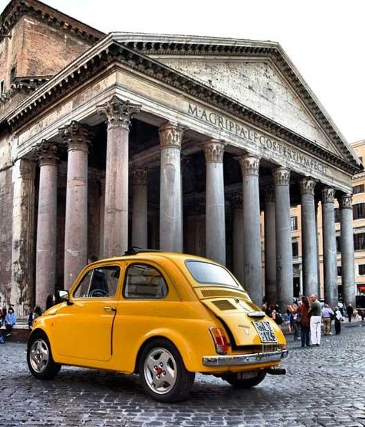 Il Pantheon in Piazza della Rotonda: una delle foto da scattare a Roma!