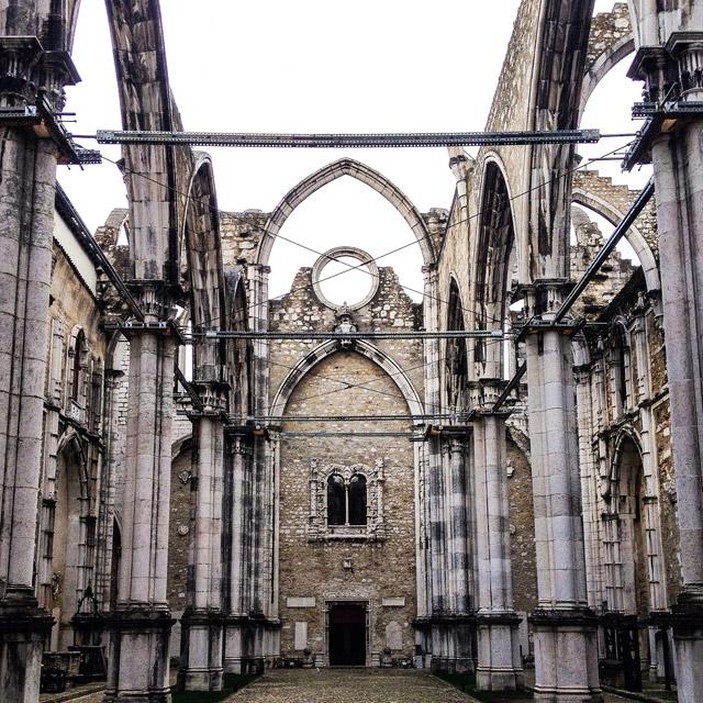 L'Igreja do Carmo è una delle cose da vedere e fotografare a Lisbona