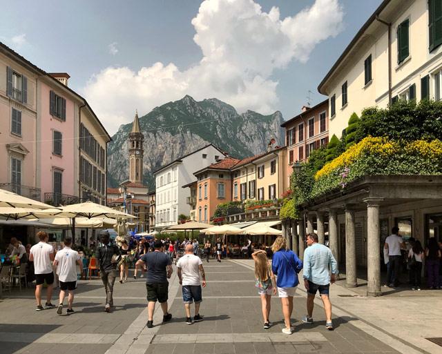 Lecco è una città tranquilla, perfetta per un aperitivo o una cena fuori