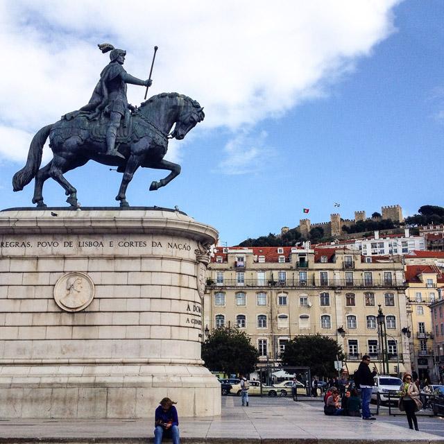 15 cose da fotografare a Lisbona: non perdere Praça da Figueira
