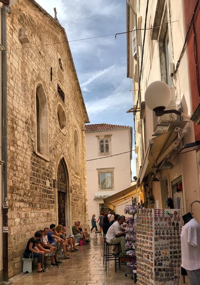 Zara è una città importante della Croazia, seppur abbia avuto grossi danni dalla guerra