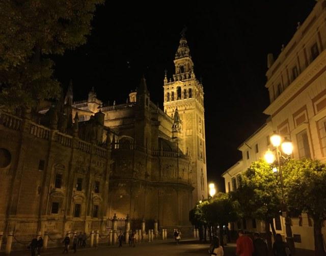 Siviglia in Andalusia è una delle città più belle della Spagna con il suo fascino moresco e barocco