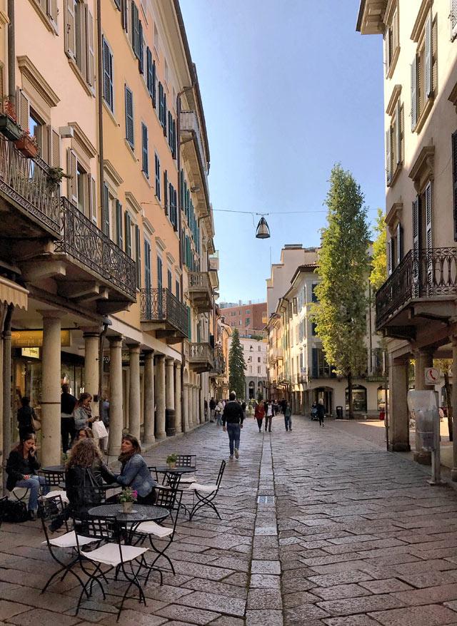 Corso Matteotti è il fulcro di Varese Centro: splendidi i suoi palazzi e i negozi
