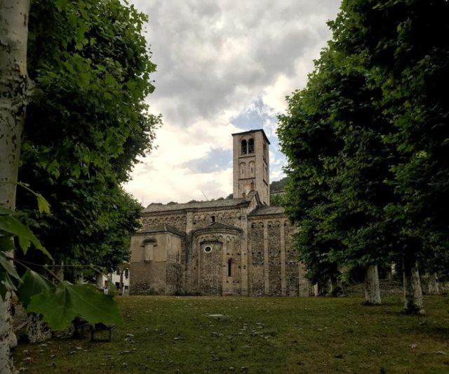 A Gravedona si trovano 3 bellissime chiese, tra cui quella dei SS. Gusma e Matteo