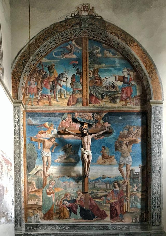Santa Maria delle Grazie èuna magnifica chiesa di Gravedona piena di affreschi