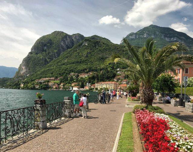 Il lungolago di Menaggio è molto elegante: uno dei posti più belli del Lago di Como
