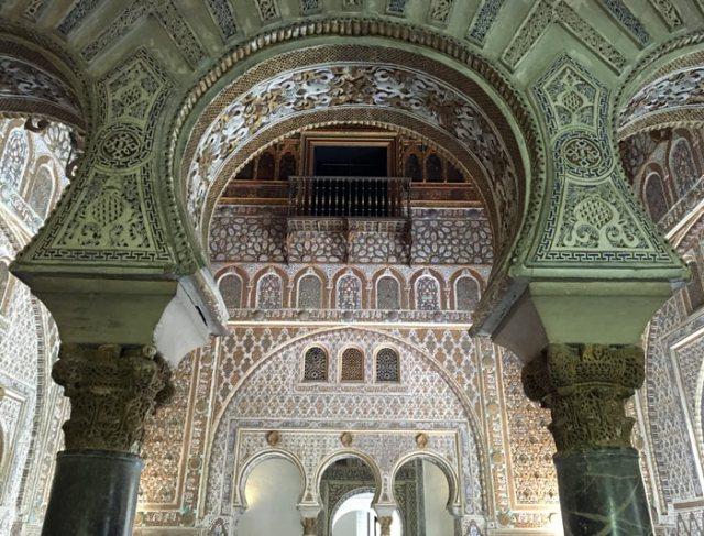 Il Real Alcazar di Siviglia è una delle meraviglie da vedere in Andalusia