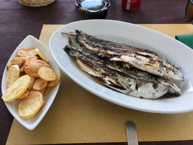 Rezzonico è un posto perfetto per pranzare mangiando il pesce del Lago di Como