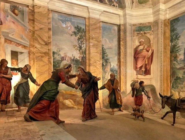 Il Sacro Monte di Varese fu realizzato dall'architetto Bernascone in stile manierista, mentre Nuvolone e Morazzone dipinsero le cappelle