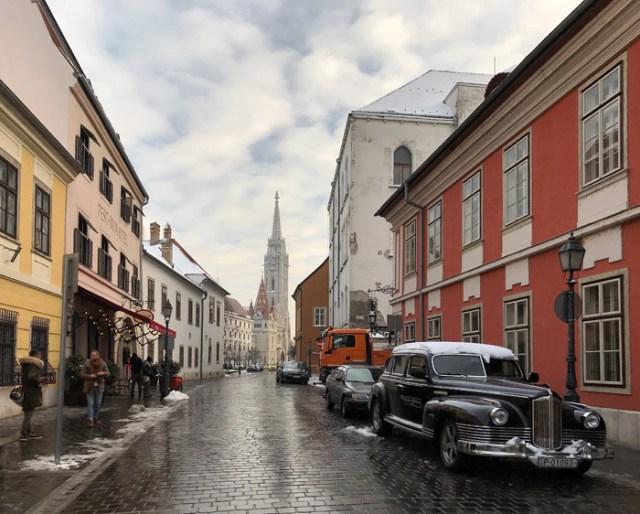 Buda è il quartiere storico di Budapest sull'altura fortificata sul Danubio