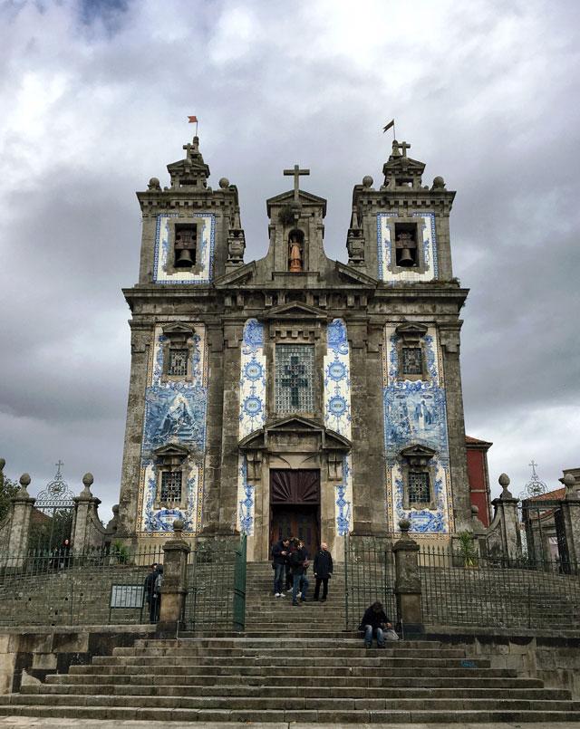 La Chiesa di Santo Ildefonso è uno dei luoghi più affascinanti di Porto