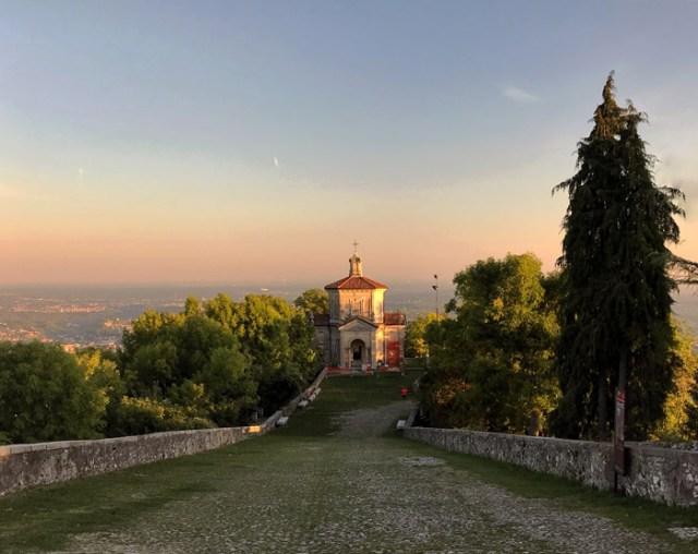Cosa vedere a Varese? Di certo il Sacro Monte con le sue cappelle lungo la Via Sacra