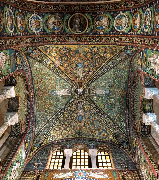 La Basilica di San Vitale è il capolavoro di Ravenna, chiesa paleocristiana Patrimonio Unesco
