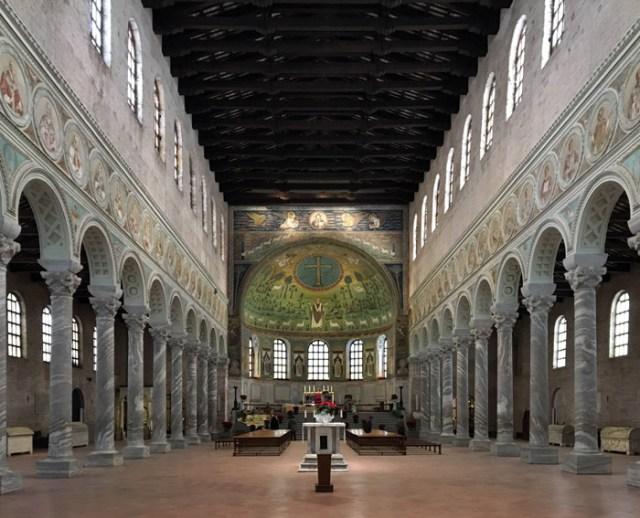 La Basilica di Sant'Apollinare in Classe è da vedere a Ravenna