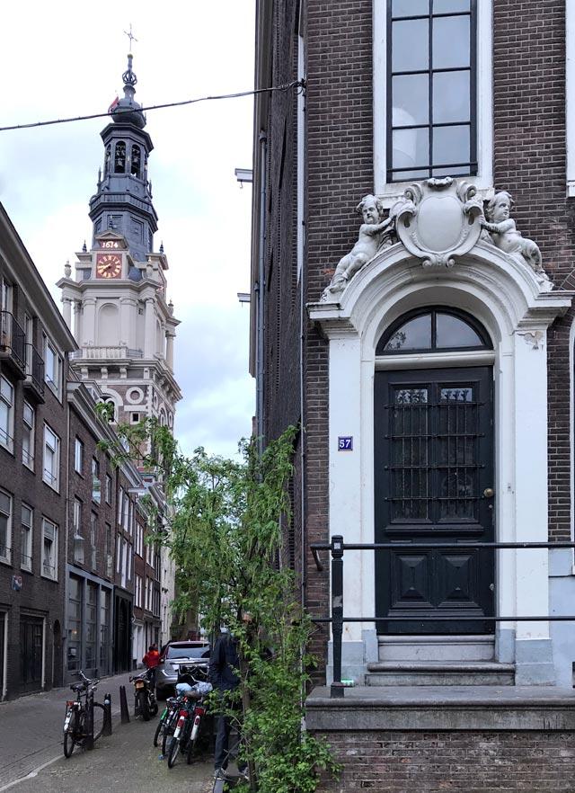 Le vie di Amsterdam regalano scorci fantastici: sono perfette per chi ama fotografare
